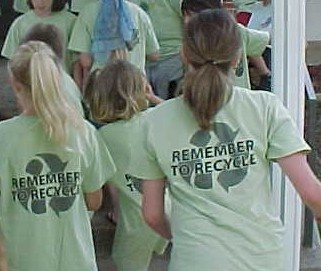 students with recycling shirts